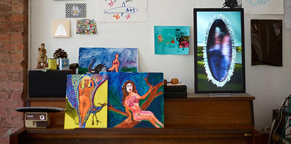 Personal Digital Art Museum at Home